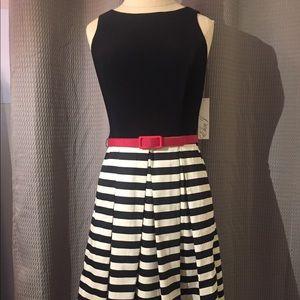 NWT Eliza J Black stripe dress size 4